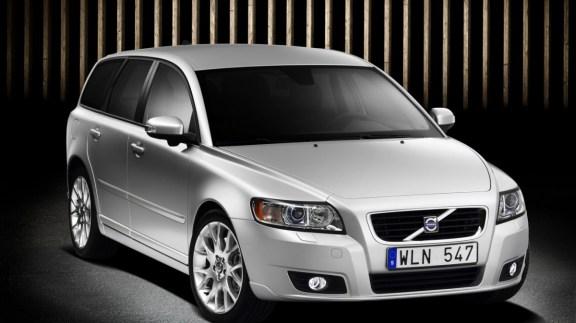 Volvo-V50-T5--768x1366