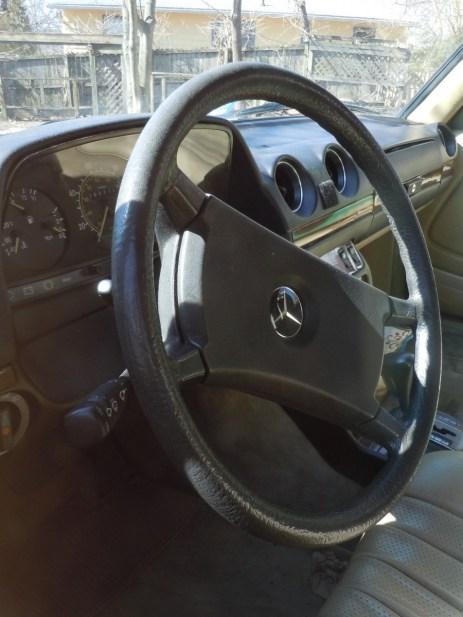 W123_Dash