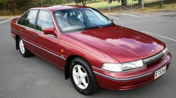 1992 VP HOLDEN Berlina