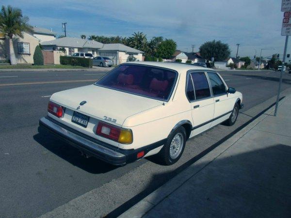 BMW 733 rear