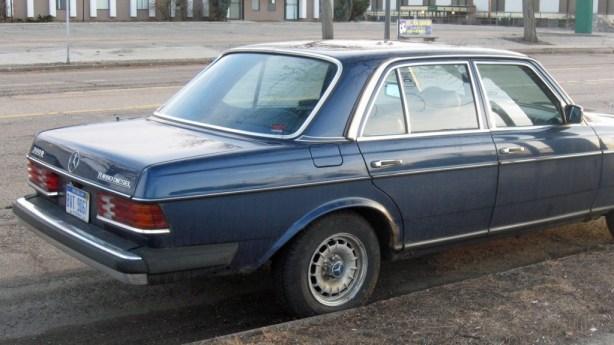 L 79 Mercedes 3