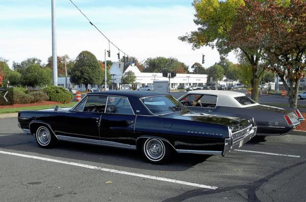 Pontiac Brougham 1964 blk Dave S