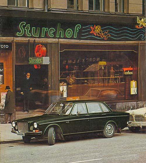 Volvos on street 2