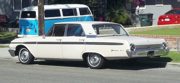 1962 Ford Galaxy 500 rear 3 quarter