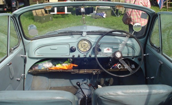1964 Morris Minor Tourer interior