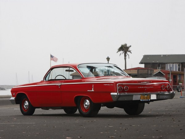 Chevrolet 1962 Bel Air coupe red