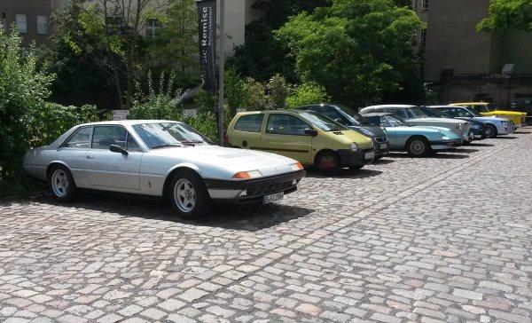 Ferrari 400i others 1200