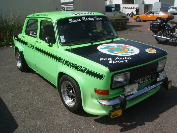 Simca  1000 _Rallye_2_coupe_SRT_77_-_Front_right_1