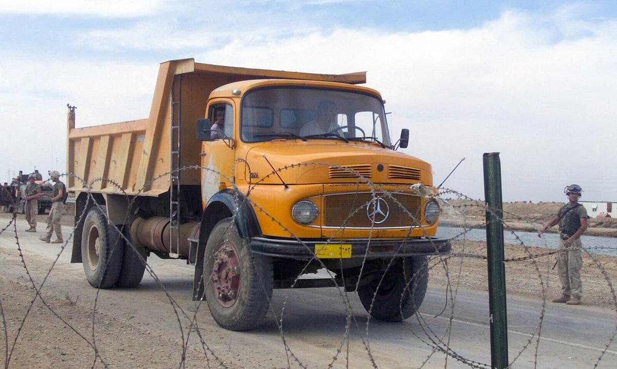 Cc global 1959 95 mercedes l series trucks for Old mercedes benz trucks
