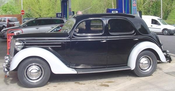 1949 ford pilot v8-2