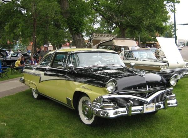 1956 Meteor Rideau Crown