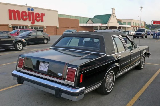 1987 Ford LTD Crown Victoria h