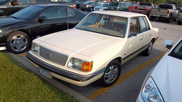 Cc Capsule 1986 Plymouth Reliant K Hey That S My Car I Ll Move