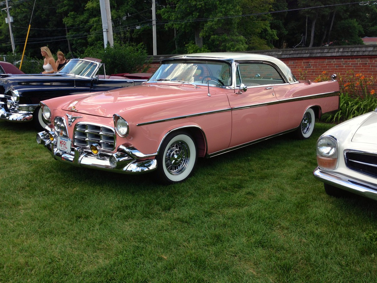 1956 chrysler imperial interior images - To Be Exact Cloud White Over Desert Rose Is The Official Color Combination On This Car And I Think It Looks Absolutely Stunning