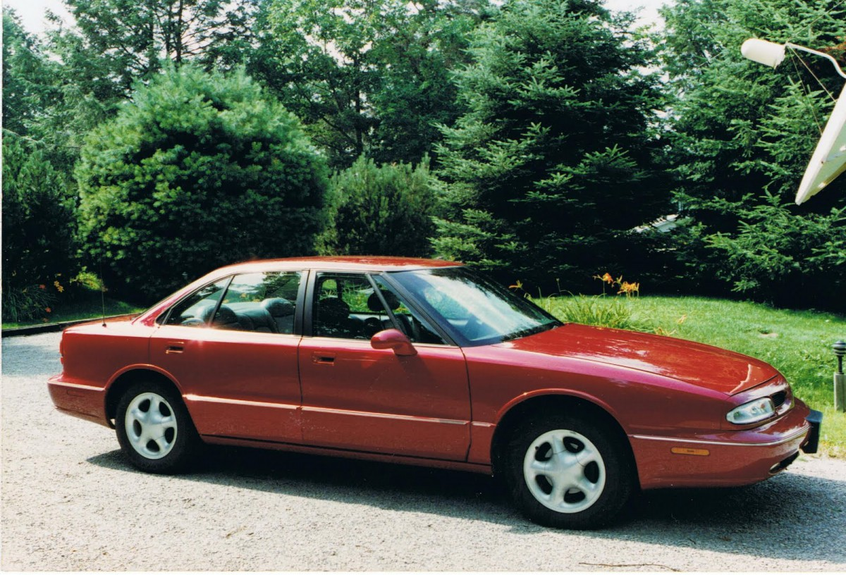 Despite now being its own model, the LSS was visually still very much an  Eighty-Eight sedan. It was essentially a last-ditch effort by Olds to try  to make ...