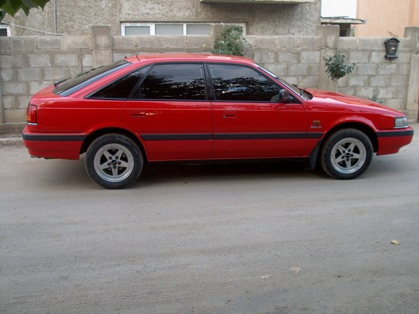1990_mazda_626_4_dr_gt_turbo_hatchback-pic-9160406667056452661
