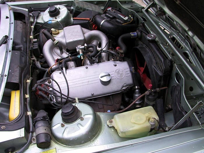 Curbside Classic BMW I E The UrUltimate Driving - Bmw 320 engine