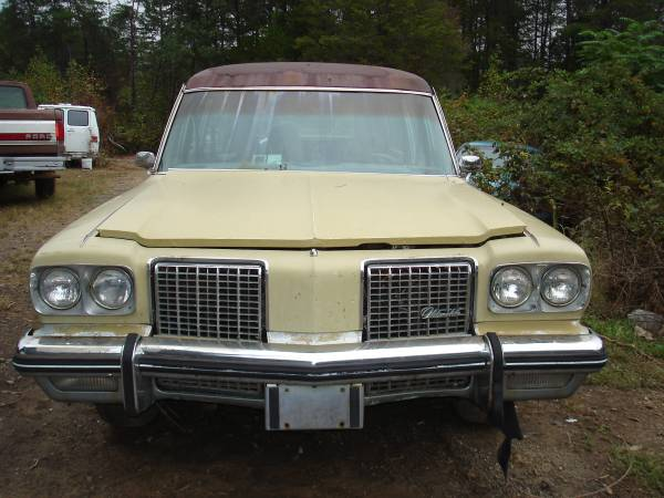1974 Oldsmobile Hearse Front View
