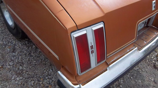 1978-1979 Oldsmobile Cutlass Supreme 2-Piece Front Headlight Bumper Filler Set
