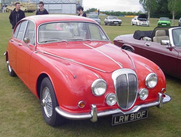 1968 Daimler250 v8