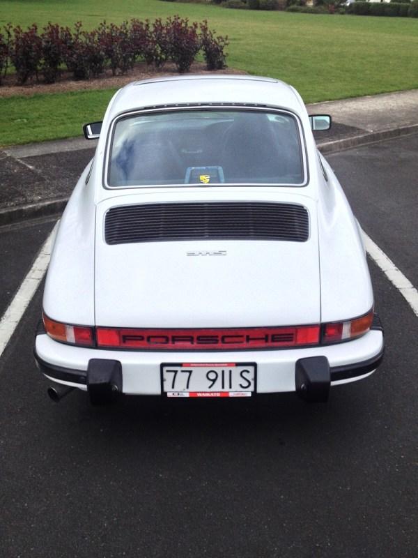 1977 Porsche 911S white b