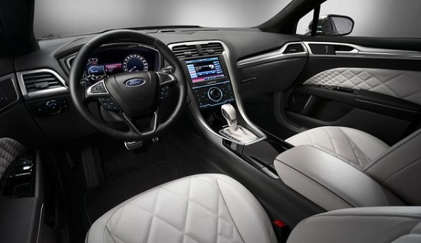 2015-Ford-Fusion-interior