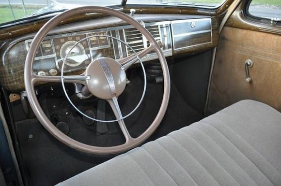 Curbside capsule 1940 plymouth roadking 2 door sedan for 1940 plymouth 2 door sedan