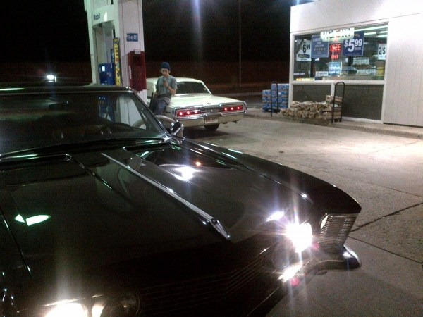 Buick Riviera 63 gas station