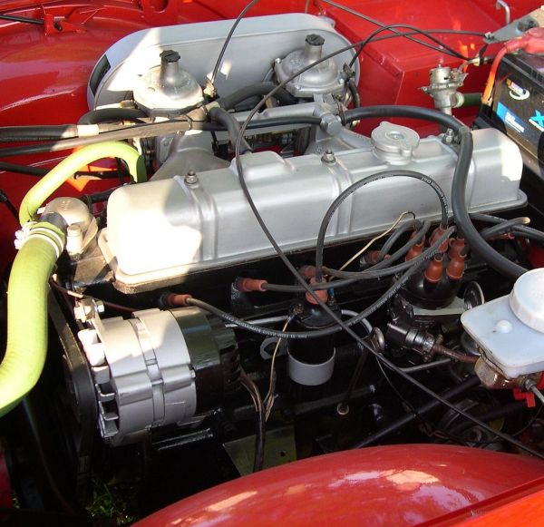 Triumph TR6 Straight-6_engine