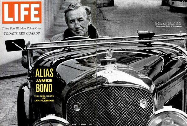 ian-fleming-in-car
