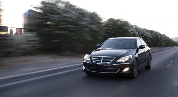 06-2013-hyundai-genesis-sedan