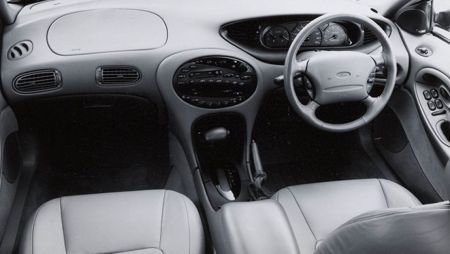 1996_Ford_Taurus_interior-gallery
