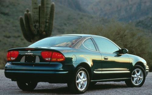 1999_oldsmobile_alero_coupe_gls_rq_oem_2_500
