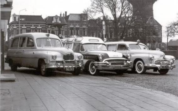 Bozo, Packard en 2x Buick