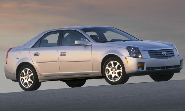 2004-cadillac-cts-right-front-1