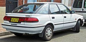 800px-1991-1992_Toyota_Corolla_(AE94)_Ultima_Seca_liftback_(2011-11-08)