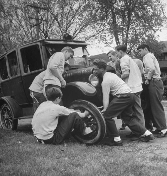 Life Model T jacks 1945