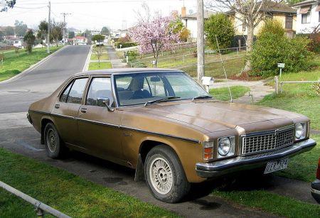 800px-MHV_Holden_HZ_Kingswood_SL_1977-1980_01