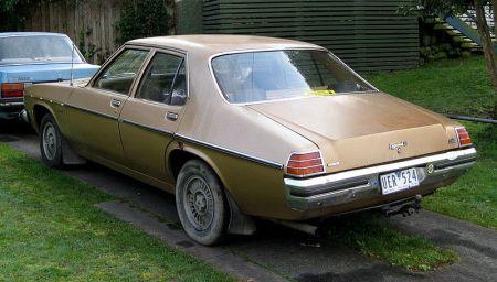 800px-MHV_Holden_HZ_Kingswood_SL_1977-1980_02