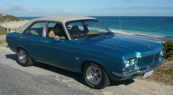 Chrysler Centura-2