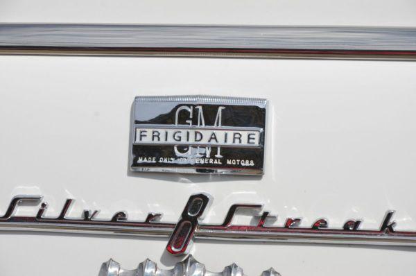 Frigidaire badge