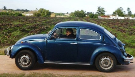 Jose-Mujica-VW-Beetle-440x250