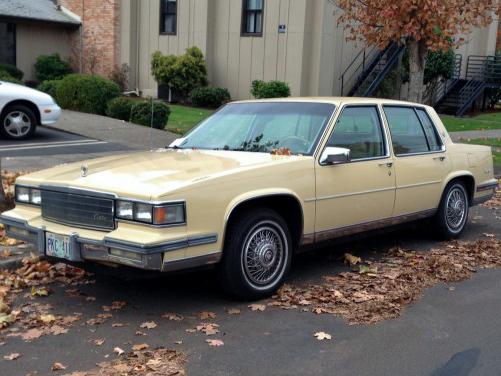 curbside classic 1986 cadillac sedan de ville resplendent in sunburst yellow curbside classic 1986 cadillac sedan de ville