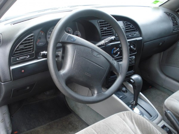 daewoo nubira interior - photo courtesy of adrian rubi