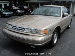 1997_ford_crown_victoria_lx_york_pa_100787514860201616