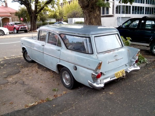 Holden EK _wagon_rear_3_4_bootiebike