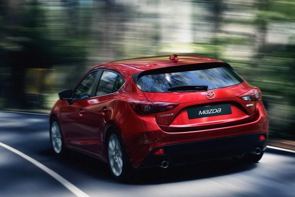 New-2014-Mazda-3-rear-driving