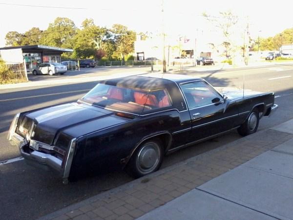Oldsmobise XS 1977 rear