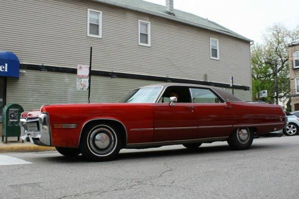 111 - 1972 Imperial LeBaron CC