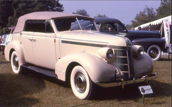 37pontiacfront